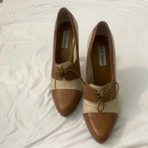 Steve Madden Beige Oxford Heels 8.5
